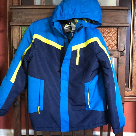 500d3693c Athletech Jackets   Coats